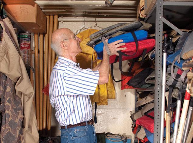 Bill Frezel, Volunteer