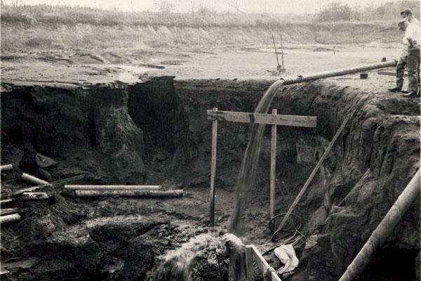 Inversand Fossil Pit, 1947
